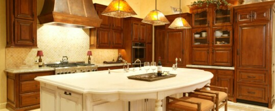 Traditional kitchen in Rancho Santa Fe