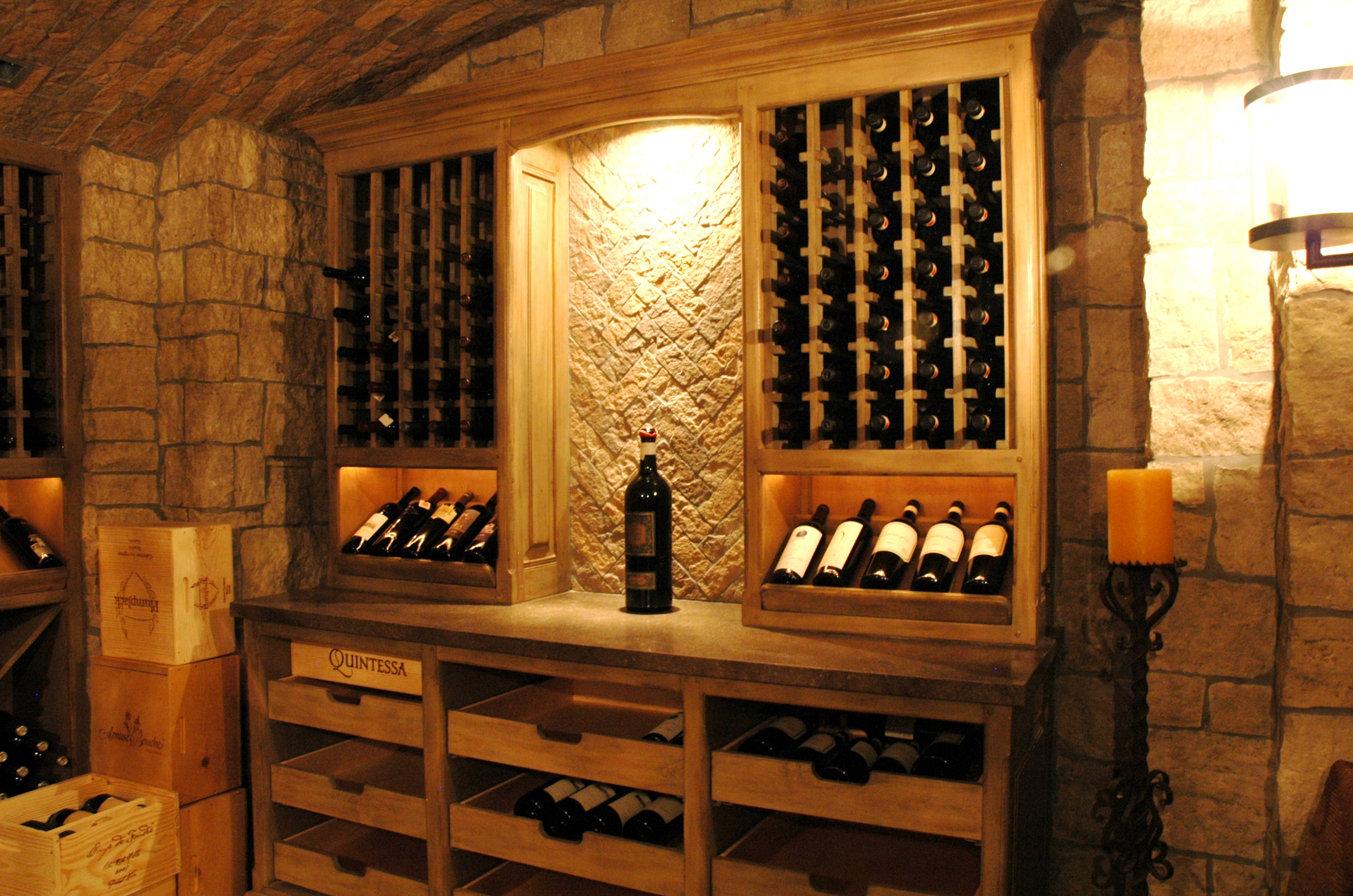 Wine cellars the french tradition for Wine grotto design